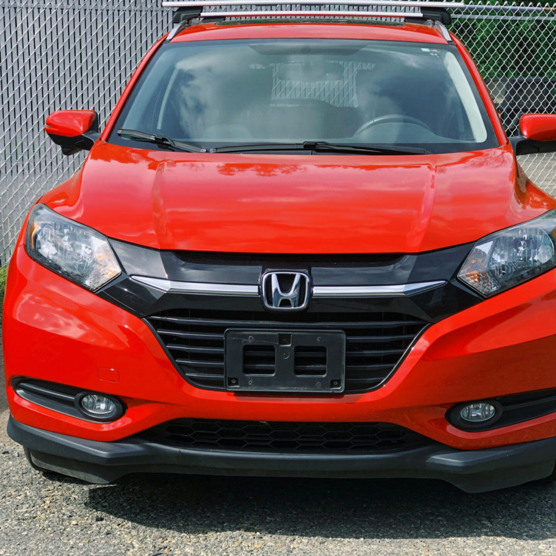 After Honda HR-V repairs complete at Dales Custom Auto the vehicle is now driveable, the entire front end has been restored with factory parts, the vehicle looks as good as new or even better. It is ready to be delivered to its owner.